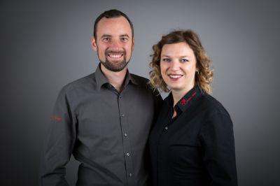 Stephan und Meike Knaut von Fenster Knaut aus Geilenkirchen stellen bei der Fenstermodernisierung jederzeit den Lärmschutz sicher.