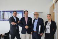 Frau Großmann & Manfred Friedrich (Success Hotel Group), Henning Laubinger & Florian Maas (Deutsche Immobilien Entwicklungs GmbH)