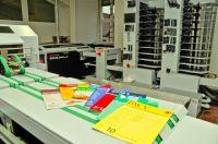 Hochwertige Fachzeitschriften: Der Horizon StitchLiner Mark III ermöglicht auch bei kleinen Auflagen eine rentable Produktion