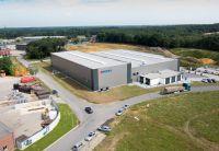 Für die BOMA Maschinenbau GmbH errichtete Brüninghoff eine neue Produktionshalle mit Sozialräume und Büro. (Foto: Brüninghoff)