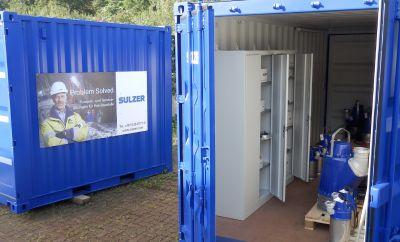 Die Container von Sulzer enthalten Pumpen, Ersatzteile und eine Werkstattausrüstung sowie eine anschlussfertige Elektroanlage.
