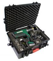 Kompakt und uneingeschränkt mobil: Die neue Montagemaschine im Stauff Press-Programm