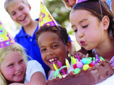 Partydeko bei Testsieger online bestellen