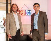 Aydin Yildiz (rechts) mit Jan Hoogenboom, Gründer und CEO von NL-ix.