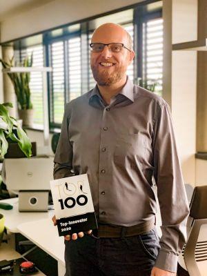 Max Stemplinger (Geschäftsführer) freut sich über die Auszeichnung als Top-Innovator