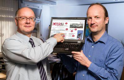 Wolfgang Zumdohme und Stephan Hasenkamp, Geschäftsführer der access Autohaus Marketing; Fotograf: fotograf-muensterland.de