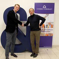 Vertragsunterzeichnung: Kieback&Peter gemeinsam mit Jan Grefe, COSMO CONSULT Berlin