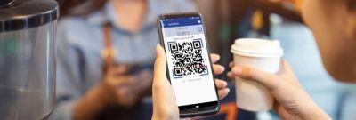 Mit dem digitalen Bezahlsystem muss lediglich der erzeugte QR-Code auf der Leserhardware gescannt werden. (Bild: Schomäcker GmbH)