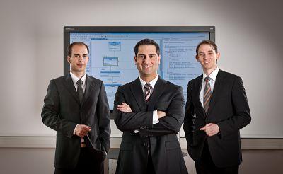 Yatta Solutions mit UML Lab Produktmanager Manuel Bork und den beiden Geschäftsführern Johannes Jacop und Dr. Christian Schneider