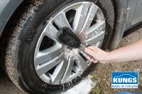 Effektive Autowäsche mit der KUNGS Felgenbürste