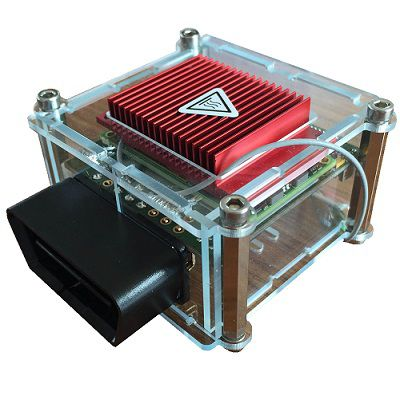 Der caranea OBD2 Adapter