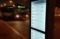 Digital Signage: Papercast® E-Paper-Displays helfen bei der Nutzung öffentlicher Verkehrsmittel in Abu Dhabi