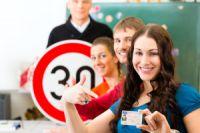 Wie finde ich die richtige Fahrschule für mich? Fahrschulauswahl.de!
