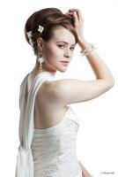Brautfrisur mit Haarschmuck