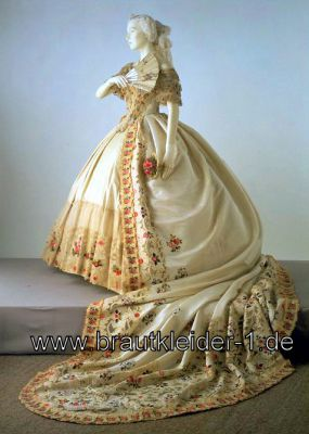 Bodenlanges viktorianisches Brautkleid