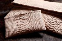 Envelope Clutch Bag von Cayenne Ferá mit passender Kosmetiktasche