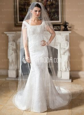Muster-Brautkleid