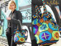 Schauspielerin Kristina Malyseva mit einer Mochila Wayuu by Molago.de