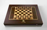 Square Off - Der Schachcomputer, bei dem sich die Figuren des Gegners selbstständig bewegen.