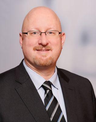 Ingaz Füsgen, Geschäftsführer von smartvokat und Inspiring Legal