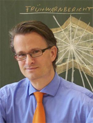 """Dr. Martin Moss ist Spezialist und bekannt für das Thema """"IT-Projekte erfolgreich leiten"""""""