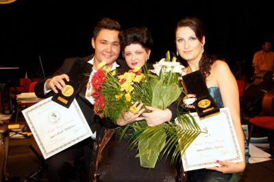 Diva Nicolesco und die Preisträger