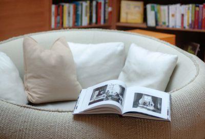 Die Spa-Bibliothek im Juffing Hotel & Spa