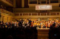 Stardirigent Valery Gergiev und der Solist Jan Vogler sorgten in Berlin für Begeisterung beim Publikum. (Foto: Clemens Porikys)