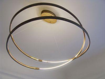 """Exklusive Leuchtkreation von Designer Otto Sprencz: die elegante Hängeleuchte """"infinity"""""""