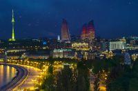 Baku in einer Sommernacht