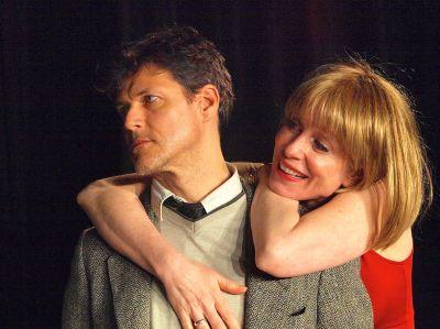 Szenenfoto: Michael Koenen als George und Verena Bill als Martha, Foto: Heike Ahlen