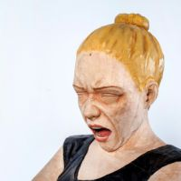 Yaşam Şaşmazer | Sciamachia |2013 | Holz | 100 x 64 x 39 cm | Kayhan Kaygusuz