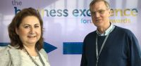 Diana Walther, ActionCOACH Wuppertal, im Gespräch mit Dominikus von Pescatore, Master-Lizenzpartner