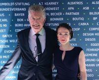 Gerhard Florian und Isabella Heudorf bei der Preisverleihung im Hamburger Cruise Center