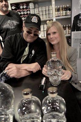 Eben im Leben Botschafterin Hannah Bellmann trifft Hollywood Star Dan Aykroyd ( Foto Werner Emmerich)