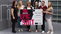 Vera Falck 3.v.l (Dunkelziffer e.V., Geschäftsführerin und Vorstand) mit Studierenden der Hochschule Macromedia Hamburg