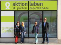 Marketing Bangs-Spende an Aktion Leben. Von l. nach r: Sabine Müller-Melchior,Martina Reisinger,Maria Merheim,Christian Mikolasch