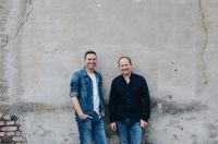 1LIVE-Moderatoren-Duo Michael Imhof und Olli Briesch jetzt als Event-Moderatoren buchbar.