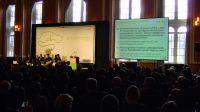 Die Chatwall auf einer Konferenz - live Mitdiskutieren per SMS und mobiler Website
