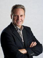 Der Autor Christoph Klein des neuen Enthüllungsbuches über die Affaire atmed