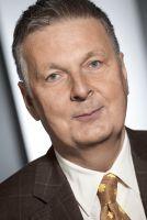 """""""Eine Quote ist ein Eingriff des Staates in ein freies Marktgeschehen"""", so Peter Schmidt, Präsident des DAV."""
