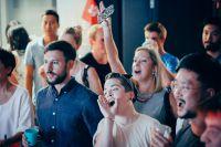 Persönliche Geschäftskontakte knüpfen: Teilnehmer eines Networking-Events bei Garage Academy. Foto: Firma