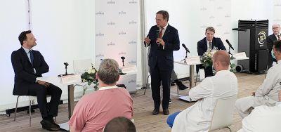 Ministerpräsident Armin Laschet und Bundesgesundheitsminister Jens Spahn, Lungenklinik Bethanien, TAC V+ im Einsatz.