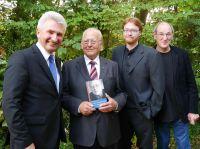 Minister Prof. Dr. Andreas Pinkwart, Dr. Hans Günther van Allen, Sascha Wagner, Verleger Franz König (v.l.n.r) Foto: Jürgen Morich