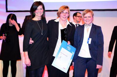 Projektleiterinb des Grand Prix, Jaqueline Schaffrath; Hoteldirektorin Angelika Guhr und Rezeptionsleiterin Monika Lichtenstern