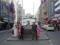Stadtrundgang Auf den Spuren der Berliner Mauer am Checkpoint Charlie