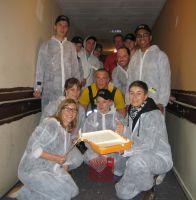 Streichen für den guten Zweck: das Adina-Team (Foto: Adina Apartment Hotels)