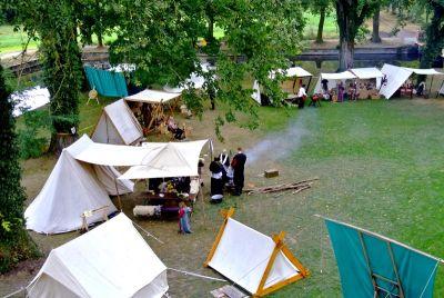 Kulturhistorischer Handwerkermarkt im Wasserschloss Mellenthin
