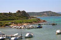 Die Sardinien-Radrundfahrt führt an traumhaften Küsten entlang.