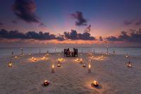Romantik auf der Sandbank von Baros Maldives